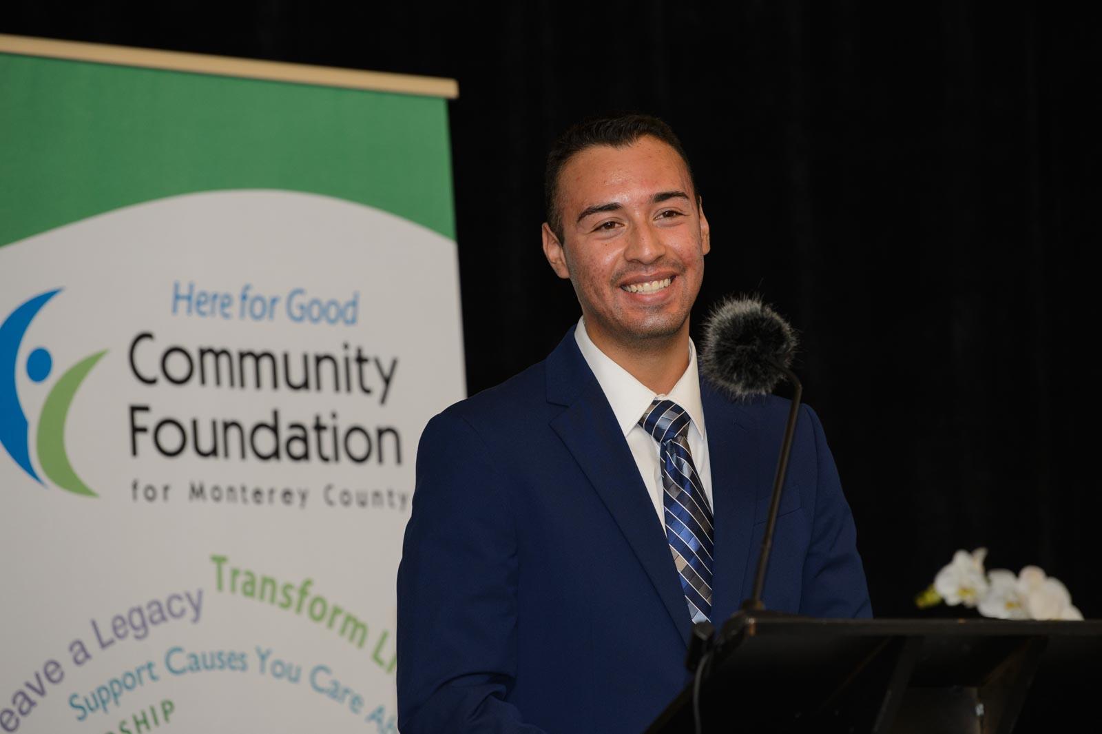 My Scholarship Story: Ismael Rocha